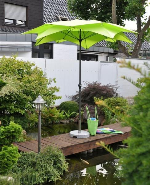 Schirm Blüte grün