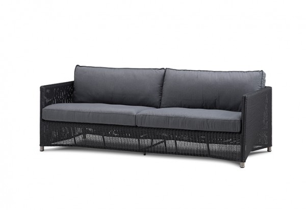 Cane-line Diamond 3-Sitzer Sofa inkl. graue Sunbrella Kissen