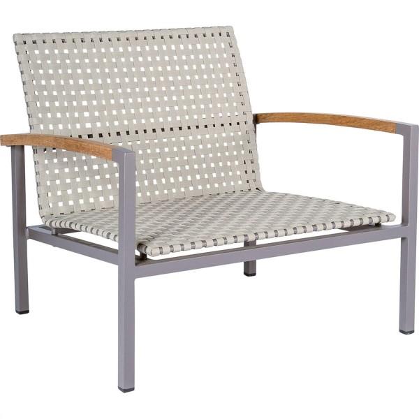 STERN Lounge-Sessel Lucy Aluminium taupe mit Gurtbespannung natur und Teakarmlehnen